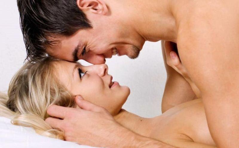 Yêu quá lâu hoặc quá ngắn đều ảnh hưởng tới cả 2 người