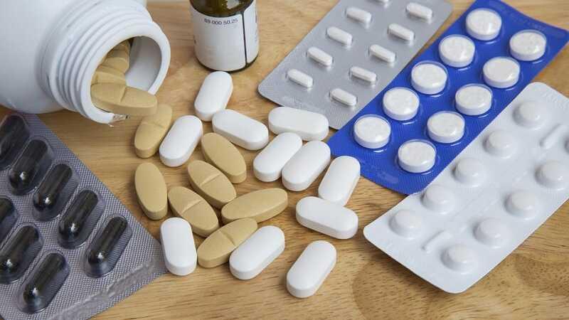 Với kích thước sỏi nhỏ có thể dùng thuốc tây điều trị