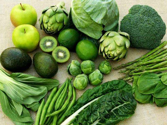 Thoái hóa khớp gối nên ăn gì? Câu trả lời là rau xanh