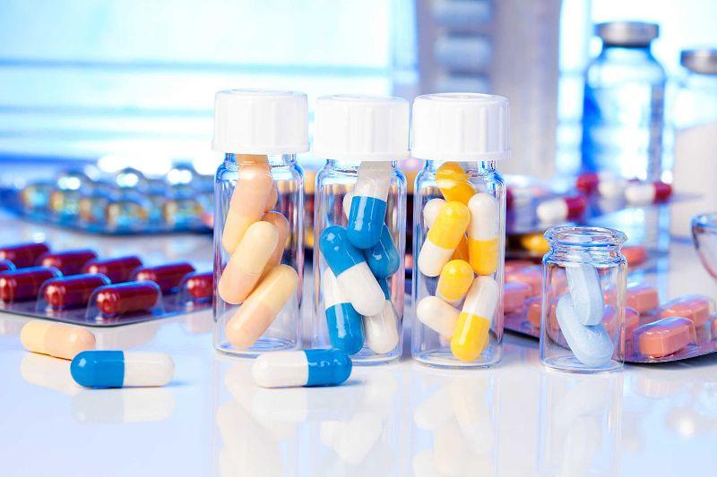 Bệnh đau lưng và tiểu buốt có thể được điều trị bằng thuốc Tây y