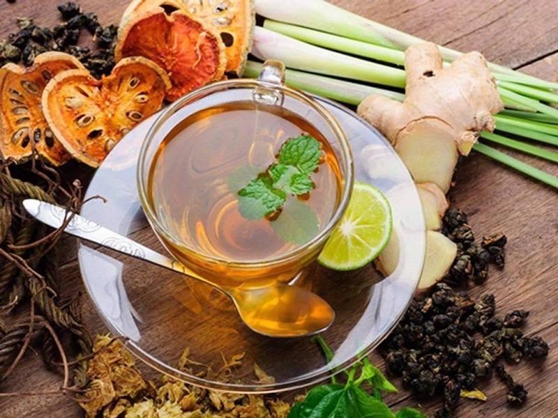 Trà thảo dược là một trong những thức uống phổ biến và tốt cho người bệnh đau dạ dày.