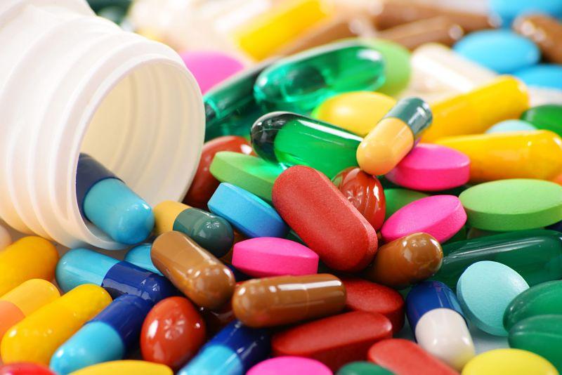 Người bệnh có thể uống thuốc Tây y chữa mẩn đỏ ở mông không ngứa