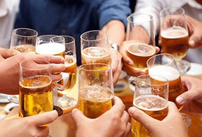 Rượu, bia là một trong những yếu tố làm gia tăng bệnh lý