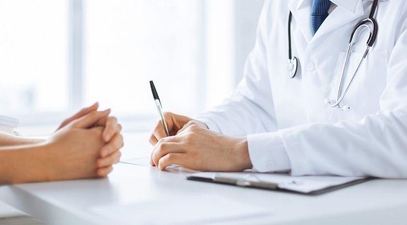 Người bệnh nên trao đổi với bác sĩ về tình trạng bệnh viêm đường tiết niệu