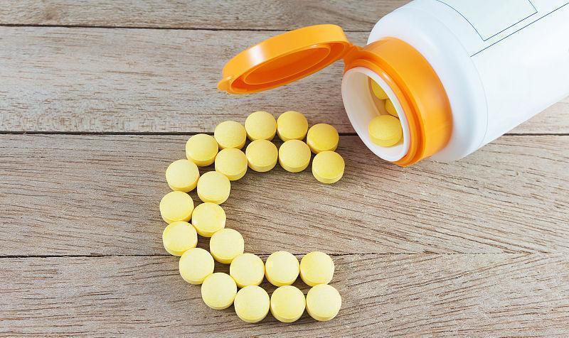 Vitamin C giúp cơ thể tăng đề kháng, miễn dịch, hỗ trợ chữa lành các vết tổn thương trên da