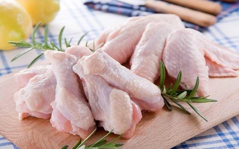Bị ho có nên ăn thịt gà là vấn đề được rất nhiều người quan tâm
