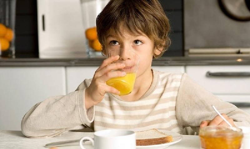 Buổi sáng là thời điểm tốt nhất để người bị bệnh thận uống nước cam