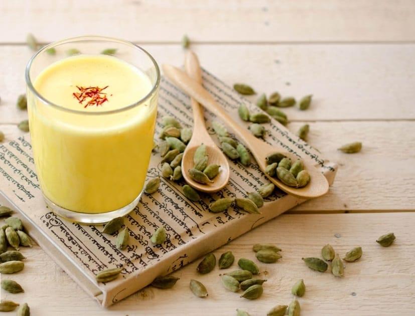 Khi kết hợp với sữa chua thì nhuỵ hoa nghệ tây sẽ phát huy tối đa tác dụng giảm cân