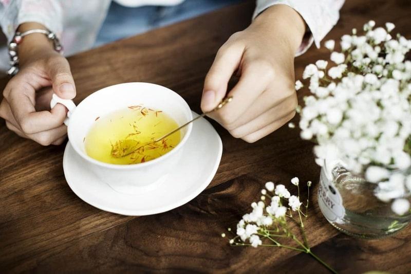 Cách uống nhuỵ hoa nghệ tây pha trà dễ thực hiện và mang lại hiệu quả tốt nhất