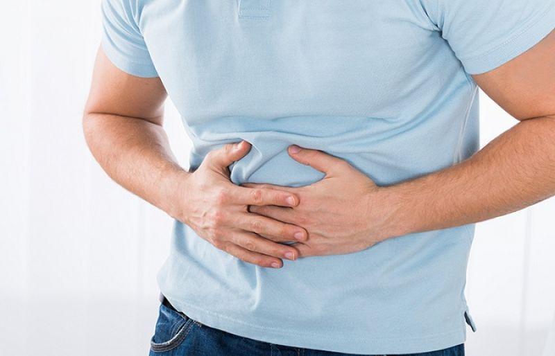 Đầy bụng là tình trạng tích tụ quá nhiều hơi trong dạ dày khiến bụng căng cứng, phình to