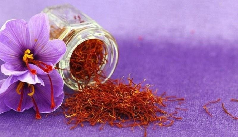 Top các phương pháp sử dụng nhụy hoa nghệ tây trong làm đẹp hiệu quả