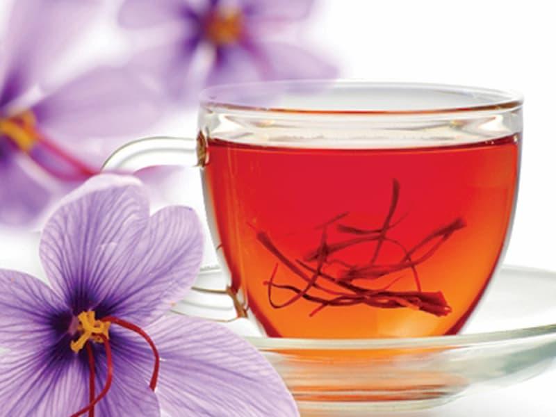 Nhụy hoa nghệ tây ngâm nước lá cách dùng phổ biến nhất