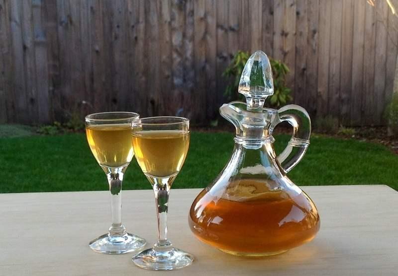 Nhụy hoa nghệ tây ngâm rượu mang nhiều công dụng đối với sức khỏe