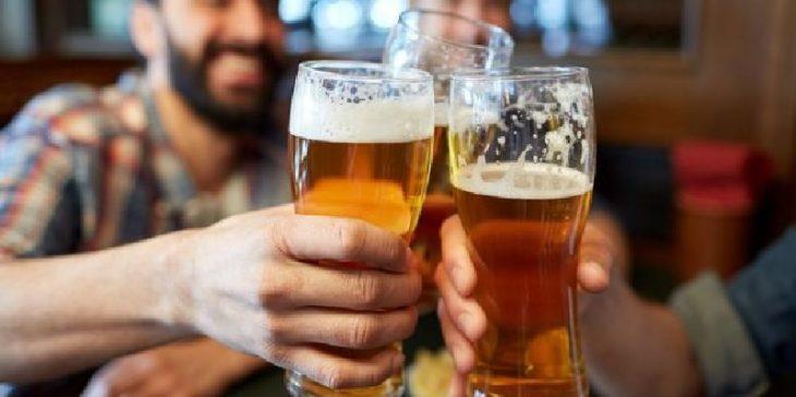 Bị sỏi thận uống bia được không?