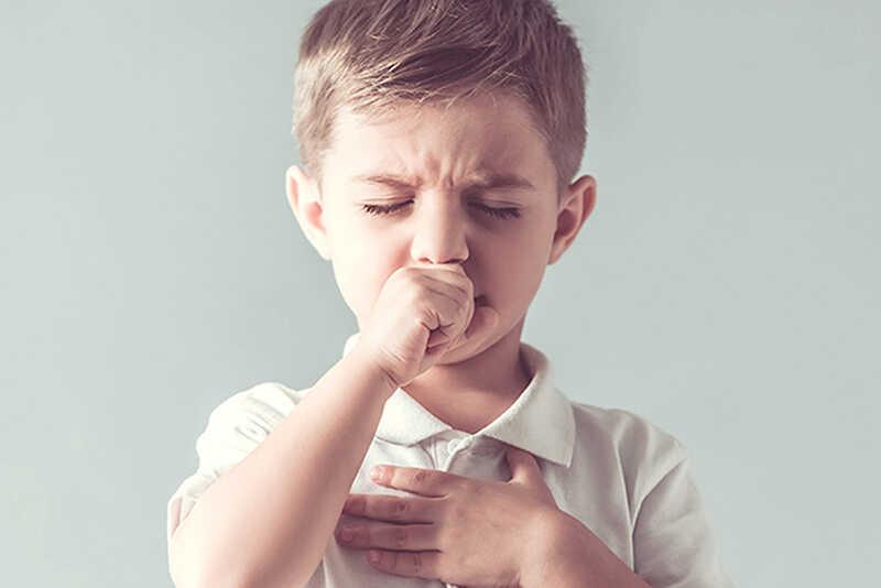 Trẻ bị ho có đờm kèm theo khó thở, tức ngực có thể là do bệnh hen phế quản gây ra