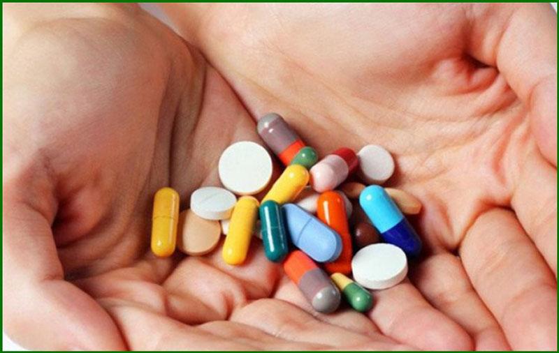 Thuốc tây là một trong những biện pháp chữa trĩ ngoại độ 3