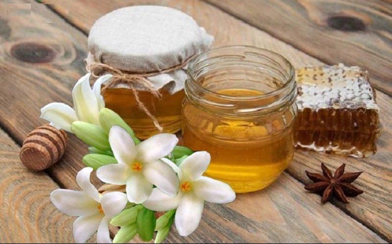 Người bệnh có thể uống nước hoa đu đủ chưng mật ong để đẩy lùi các cơn ho
