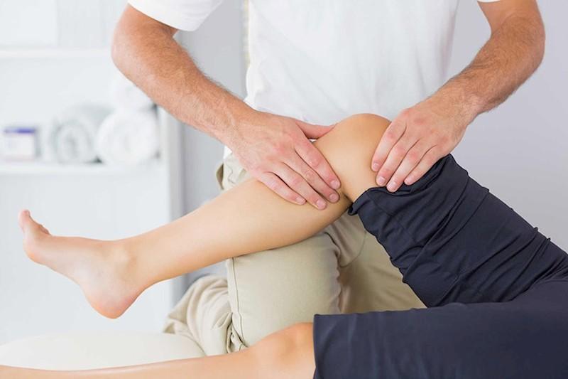 Để gia tăng hiệu quả người bệnh nên kết hợp với các bài tập vật lý trị liệu