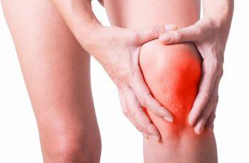 Tràn dịch khớp gối ảnh hưởng rất nhiều đến sinh hoạt hàng ngày của người bệnh