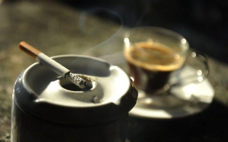 Cai bỏ thuốc lá nếu đang sử dụng và tránh xa những nơi có khói thuốc nếu không muốn khối u ngày càng phát triển hơn