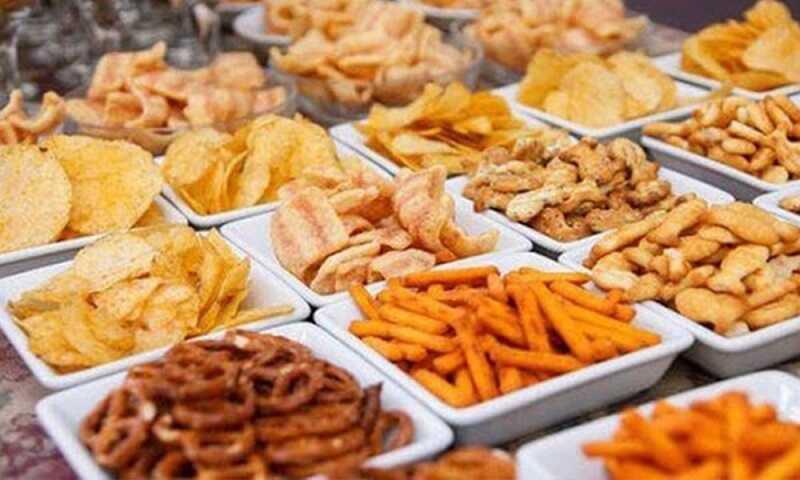 Đồ ăn dầu mỡ khiến cơ thể tích tụ những chất béo xấu, tăng nguy cơ béo phì
