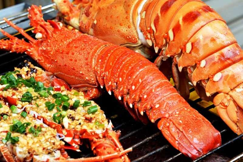 Có nhiều loại hải sản khác nhau để bạn bổ sung cho cơ thể