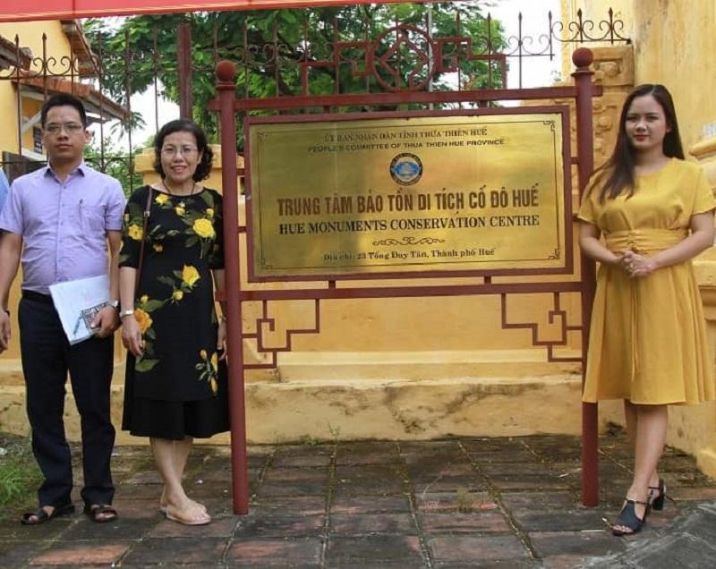Bác sĩ Vân Anh có nhiều chuyến công tác tại Huế