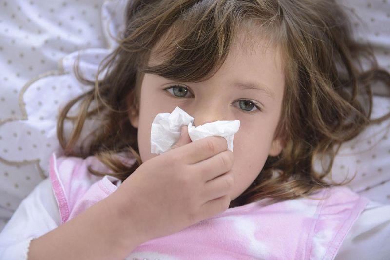 Ho sổ mũi ở trẻ nhỏ là triệu chứng của các bệnh hô hấp