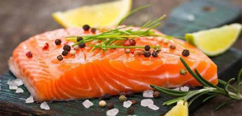 Cá béo là một trong những thực phẩm kiểm soát tiểu đường tốt nhất