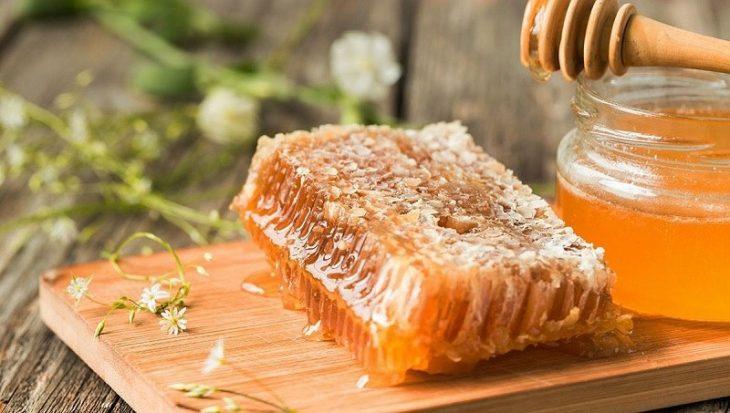 Trị ho bằng mật ong