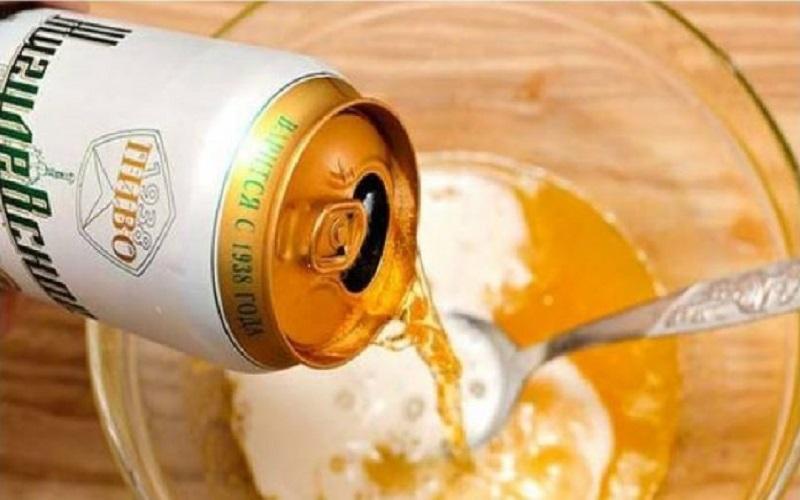 Bia cũng là cách trị lỗ chân lông to được nhiều chị em sử dụng