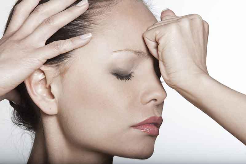 Day ấn, massage là cách trị nhức đầu nhanh chóng nhất