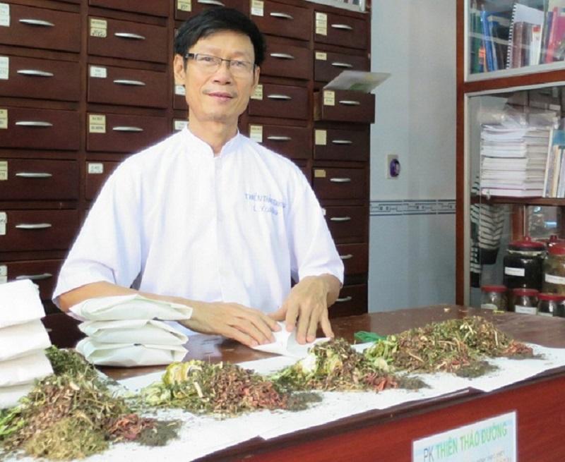 Hình ảnh lương y chữa bệnh tiểu đường Dương Phú Cường