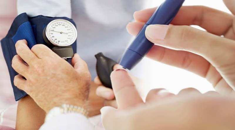 Người bị tăng huyết áp thường gây ra các biến chứng tiểu đường nghiêm trọng