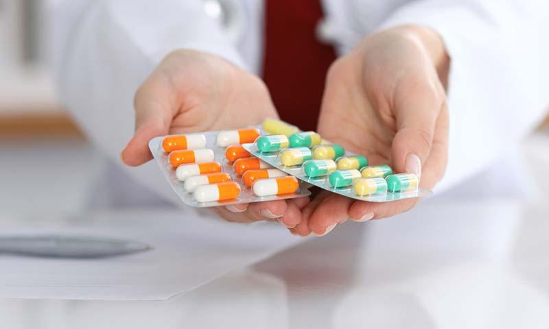 Người bệnh tiểu đường cao huyết áp nên tham khảo ý kiến của bác sĩ trước khi sử dụng thuốc Tây