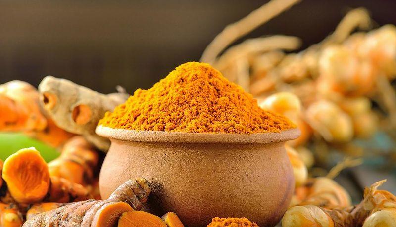 Nghệ có chứa hoạt chất giúp kháng viêm, khử khuẩn