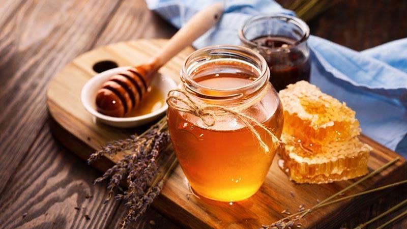Mật ong có khả năng kháng khuẩn, chống viêm rất tốt