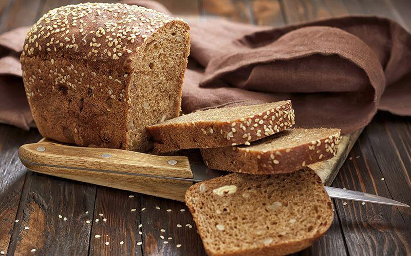 Bánh mì nâu là loại bánh thích hợp sử dụng cho bệnh nhân bị bệnh tiểu đường