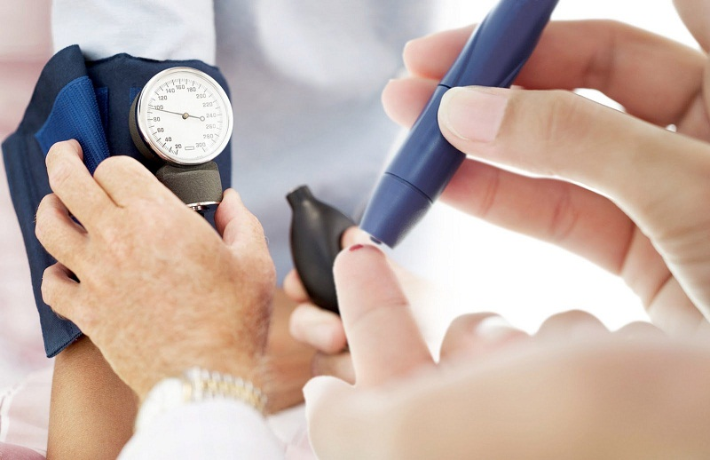 Bệnh nhân bị tiểu đường cần chú ý tới chế độ ăn uống của mình