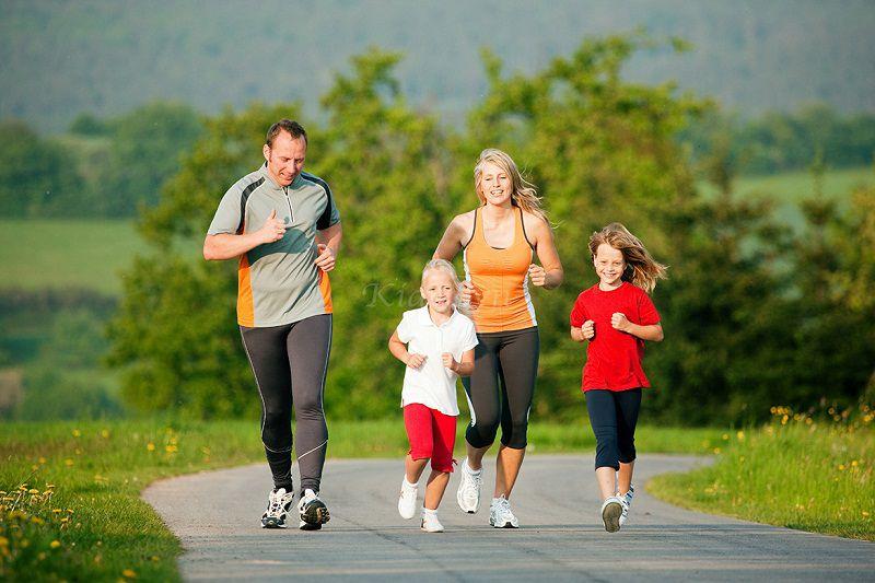 Người bệnh nên tham gia vận động nhẹ để bệnh được cải thiện