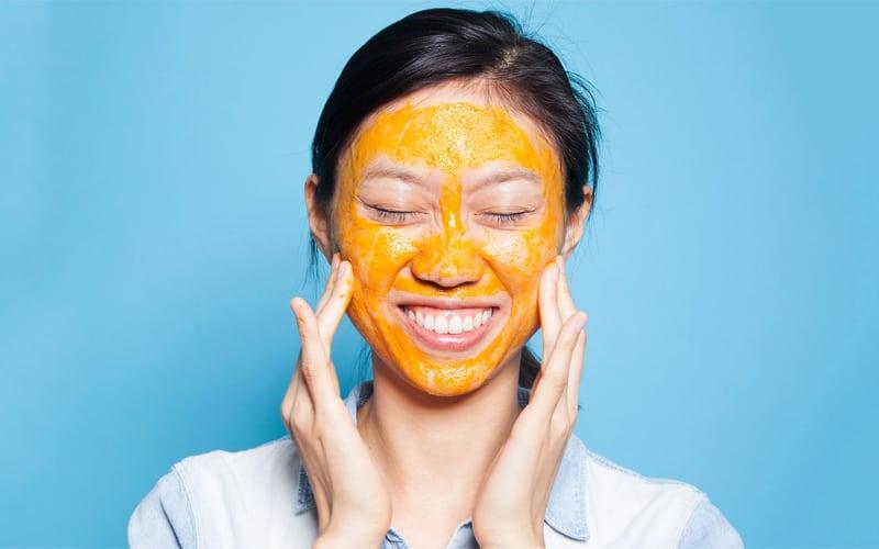 Cà rốt và sữa chua giúp làn da đều màu, loại bỏ mụn thịt