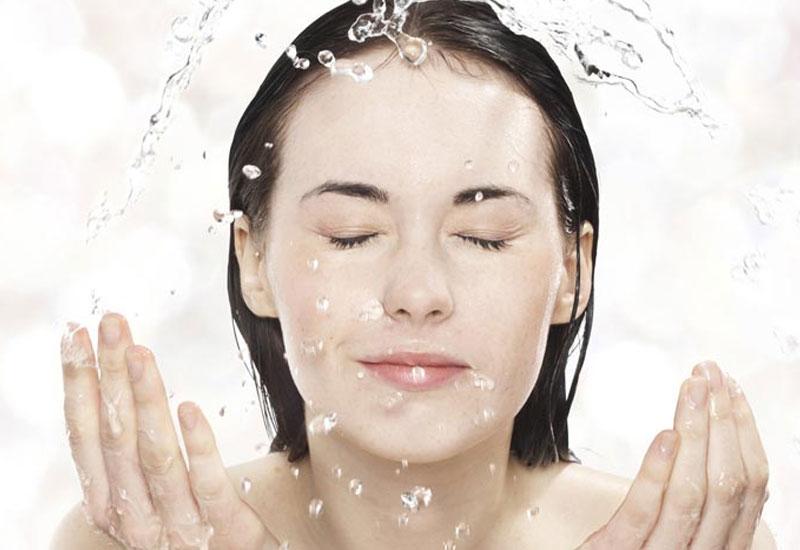 Cần lưu ý vệ sinh sạch sẽ da mặt trước khi đắp mặt nạ hạt đình lịch