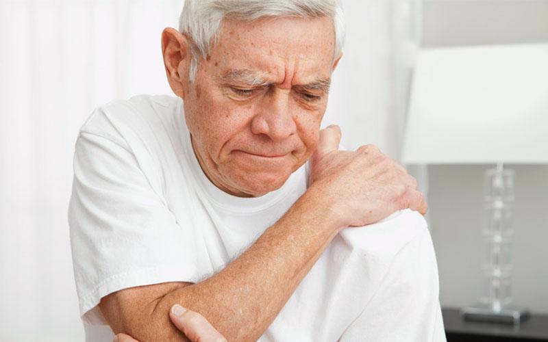 Bệnh nhân bị đau nhức xương khớp có thể sử dụng bài thuốc
