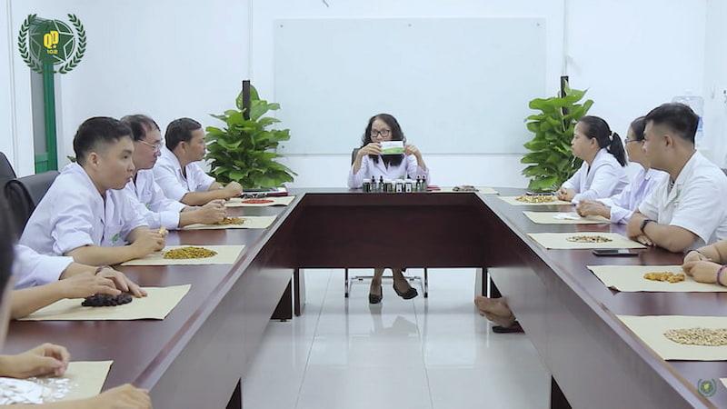 Đông y Việt Nam đề ra dự thảo nghiên cứu bài thuốc u xơ tử cung