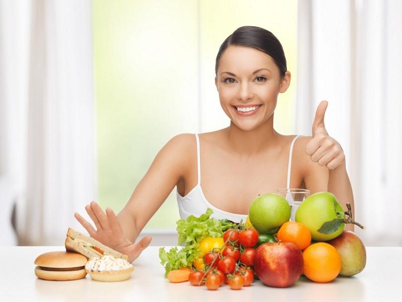 Người bệnh nên ăn uống khoa học lành mạnh, tốt nhất bạn nên tham khảo ý kiến của các bác sĩ chuyên khoa về chế độ dinh dưỡng phù hợp với thể trạng của mình