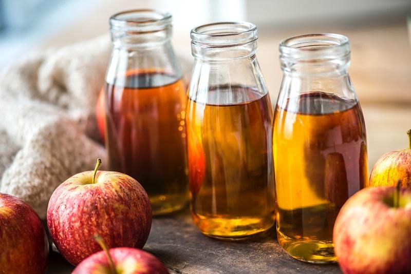 Giấm táo luôn là nguyên liệu được dân gian đánh giá cao