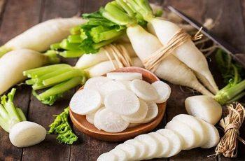 Uống hà thủ ô cần kiêng củ cải để cơ thể hấp thu thuốc tốt hơn