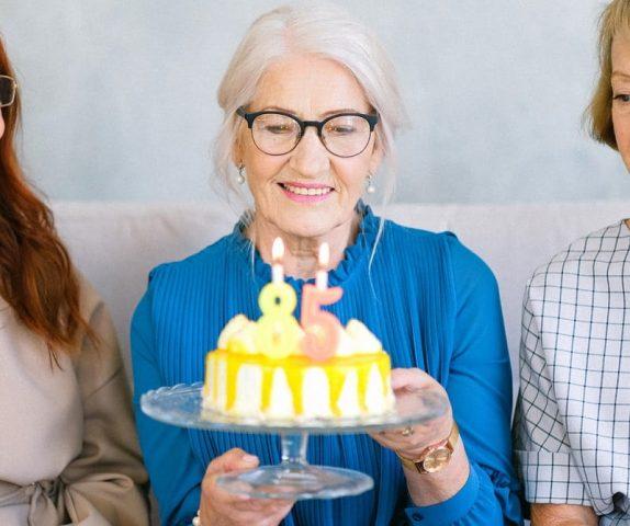Bánh kem cho người tiểu đường cần đảm bảo ít ngọt