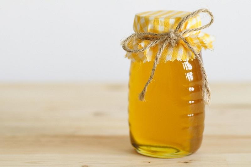 Người bị tiểu đường nên tham khảo ý kiến của bác sĩ để biết cách sử dụng lượng mật ong phù hợp