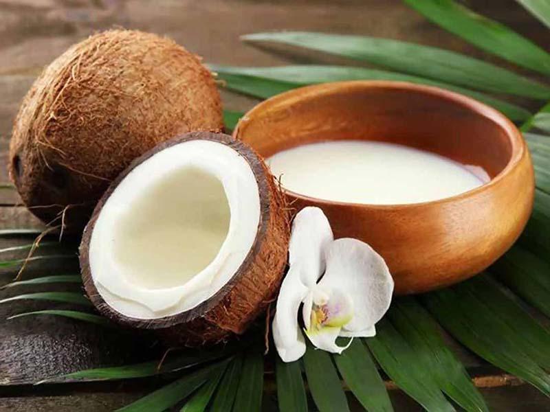 Khi dùng nước dừa bạn có thể cải thiện được đáng kể tình trạng stress oxy hóa
